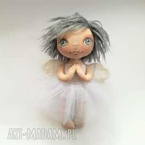 ręcznie zrobione dekoracje e-piet aniołek - dekoracja ścienna figurka tekstylna szyta