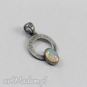 Opal etiopski i srebro - wisiorek, opal, etiopski, srebro, oksydowany