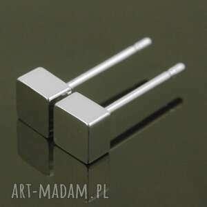 kostki, geometryczne, minimalistyczne, sztyfty, drobne, rodowane