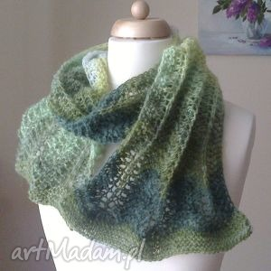 zima w zieleniach - szal, rękodzieło, ombre