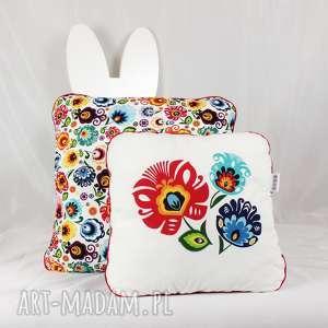 hand-made pokoik dziecka zestaw dwie poduszki folk kwiaty łowickie