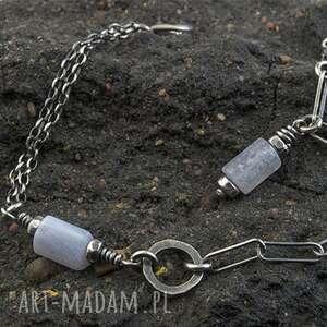 ręczne wykonanie bransoletka ze srebra z bryłkami chalcedonu