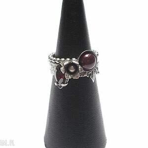 szkarłat mix - pierścionki, srebro, oksydowane, kute, perła swarovski, cyrkonia