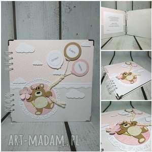 album ze szczęśliwym misiem, misiu, chrzest, narodziny, urodziny, preznt, balony