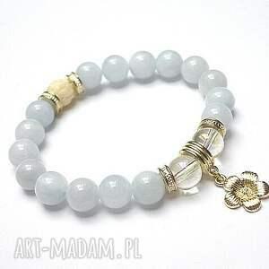 light blue and vanilla 05 09 16 , jadeity, szkło, muszla biżuteria