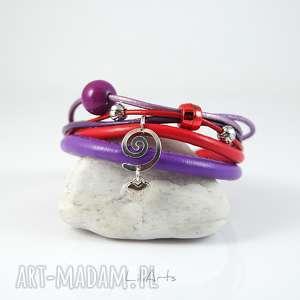 ręcznie robione bransoletka - serduszko rzemienie, czerwona, fioletowa