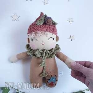 madika design lalka leśny skrzat-dąbek, żołędzie, leśna lalka, skrzat, lniana