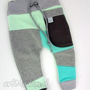 ręcznie zrobione ubranka patch pants - eco dresik dziecięcy szaro miętowy