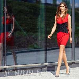 Sukienka wyszczuplająca T239, czerwony czarna wstawka, sukienka, taliowana, dajaca