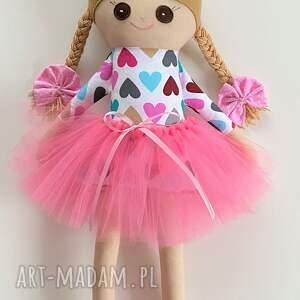 ręcznie robione lalki szmacianka szmaciana lalka serduszka