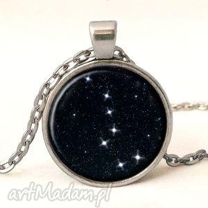 wielki wóz - medalion z łańcuszkiem, kosmos, medalion, prezent, romantyczny, gwiazdy