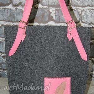 etoi design torebka z filcu na ramię różową skórą, ramię, filc, skóra, damska
