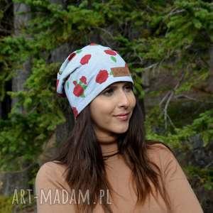 ręcznie zrobione czapki czapka szara w różyczki beanie ciepla