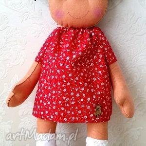 świąteczny prezent, filcowa lala, lalka, filc, dziewczynka, urodziny
