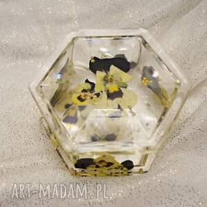 puzderko złoty brąz - pudełko na biżuterię z kwiatów