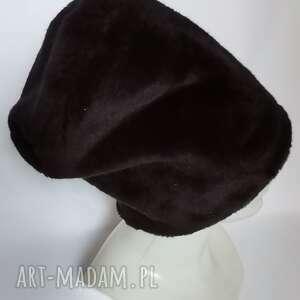 czapka ruska czarna futrzana uniwersalny włos krótki prosty na podszewce polecam