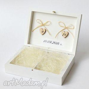 Prezent Pudełko na obrączki ślubne, personalizowane, pomysł-na-prezent, para-młoda