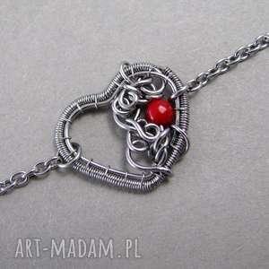 Bransolerka serce z koralem, wire wrapping, koral, bransoletka, wirewrapping