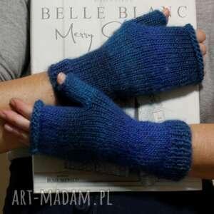 ręcznie wykonane rękawiczki mitenki ombre niebieski
