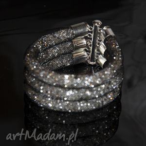 pasja emi potrójna bransoletka żmijka w czerni, elegancja biżuteria