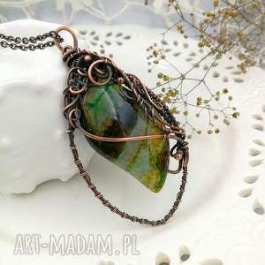 Agat zielony w miedzi - naszyjnik z dużym wisiorem eleganckim