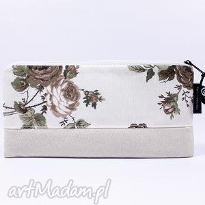 wyjątkowy prezent, piórnik flowers 06, piórnik, szkoła, kosmetyczka, róże, schowek