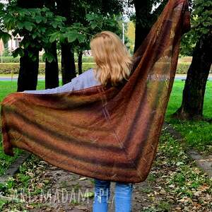 duża lekka chusta, szal, na drutach, kobieca naprezent