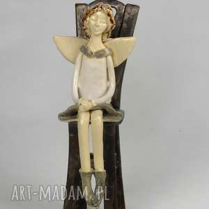 Anioł siedzący, anioł, ceramiczny