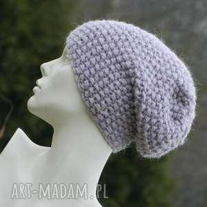 gruba z alpacą ciepła czapka pastel pink, pastelowa na zimę