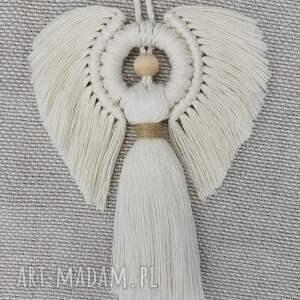 dekoracje aniołek ze sznurka w technice makramy, anioł, makrama, ozdoba ścienna