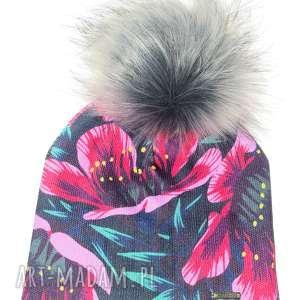 czapka beanie pompon z futra - folk, kwiaty, prezent, pompon, beanie