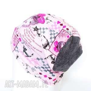 czapka dzianinowa różowa z dziewczynami - czapka, komiks, kolorowa, damska