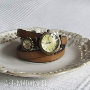zegarek vintage z grafiką skórzany cappucino, biżuteria, zegarek, bransoletka, złoto