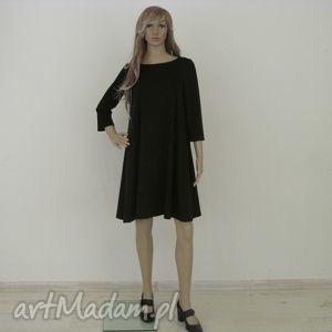 7 - sukienka czarna, sukienka, sukienki, rozkloszowana, trapez, elegancka, mini