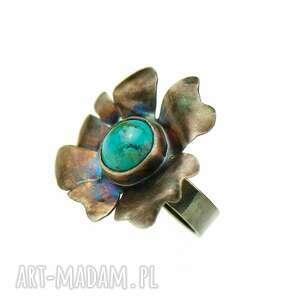 Srebrne kwiaty z turkusami pierścionek a553 artseko duży