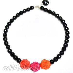 Q-lki No 5, nowoczesny, naszyjnik, korale, perły, kulki, sportowy