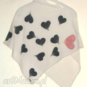 Prezent Ponczo dla dziewczynek wełną zdobione, serca, serduszka, prezent, filcowanie