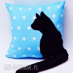 poduszka kotek z ogonem, kotem 3d wystającym czarny kot