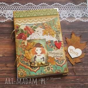 pamiętnik/ sekretnik jesienny ogród, dziewczyna, jesień, herbata