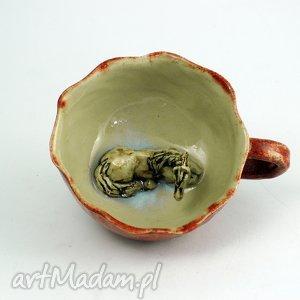 ceramiczna duża filiżanka kubek z figurką konia, prezent, kubek, koniarza
