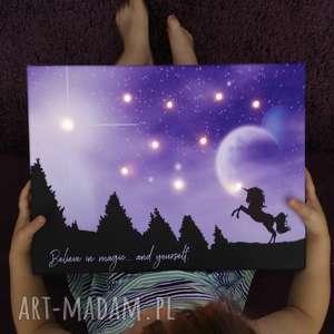 Prezent ŚWIECĄCY JEDNOROŻEC personalizowany obraz dla dziewczynki gwiazdy lampka