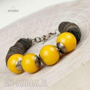 słoneczna srebrna bransoleta z muszlą szarą a619 - srebrna bransoletka