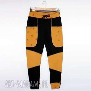 Prezent ONLY ONE No 018 - spodnie dziecięce 140 cm, eco, recykling, bawełna, dres