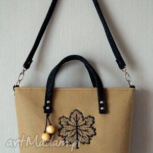 Filcowa torba z haftem na ramię happyart torebka, haft, koraliki