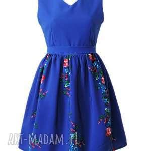 handmade sukienki sukienka folkowa ludowe kwiaty szafirowa