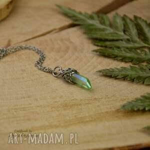 wisiorki mały wisiorek talizman kryształ górski zielony wire wrapping stal