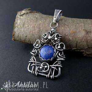 Wisior z lapis lazuli, srebrny wisior wire wrapping, srebro oksydowane,