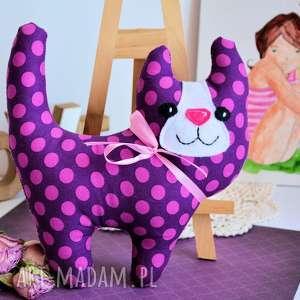 handmade maskotki uśmiechnięty kotek - śliweczka 20