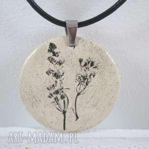 roślinny naszyjnik ceramiczny, z ceramiki, roślinką, ekologiczny, naturalny