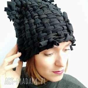 czapka tkana czarna, tkana, polar, unikat, czarna czapka, ciepła czapki